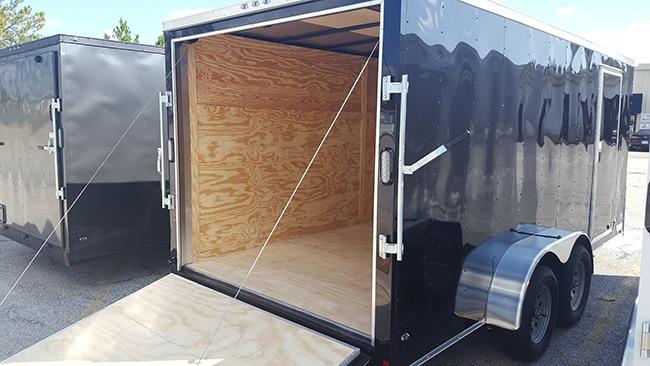 Anvil-7-Wide-Ramp-Door-Open